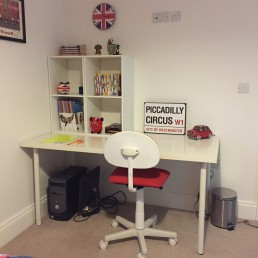 boys bedroom desk