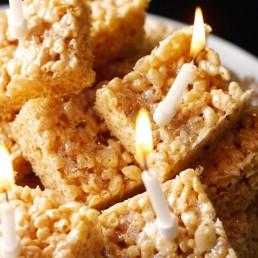 marshmallow-crispy-squares-56337fbaa3221