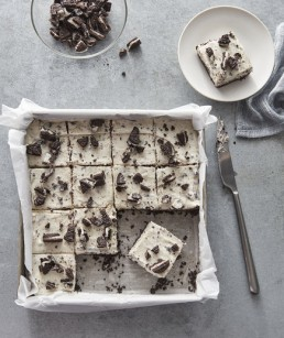No bake cookies and cream bars
